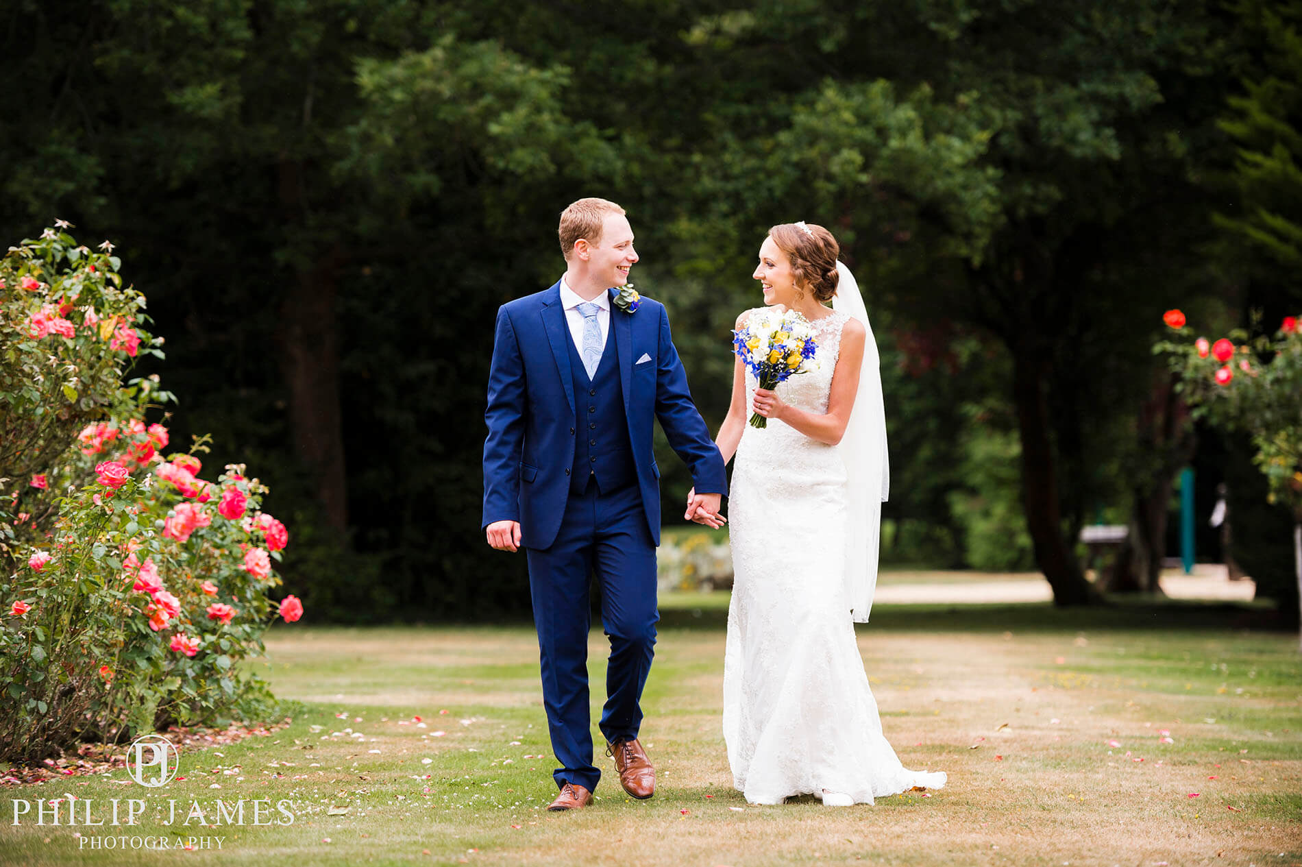 Birmingham Wedding Photographer - Philip James Photography based in Solihull (40 of 68)