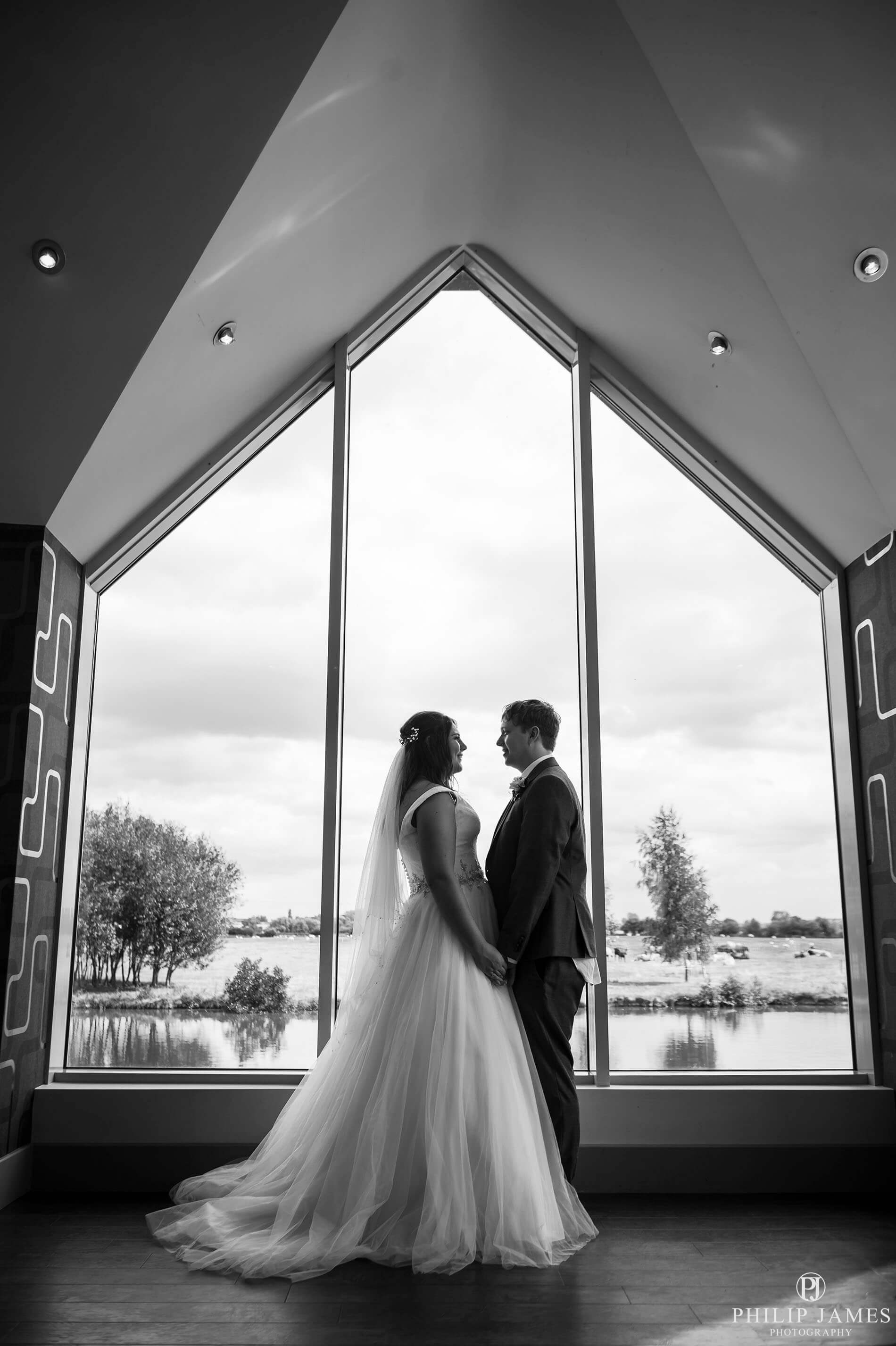 Choosing your wedding photographer - Birmingham wedding photographer, West Midlands, Solihull and rest of the UK. Specializing in wedding photography Birmingham & Solihull
