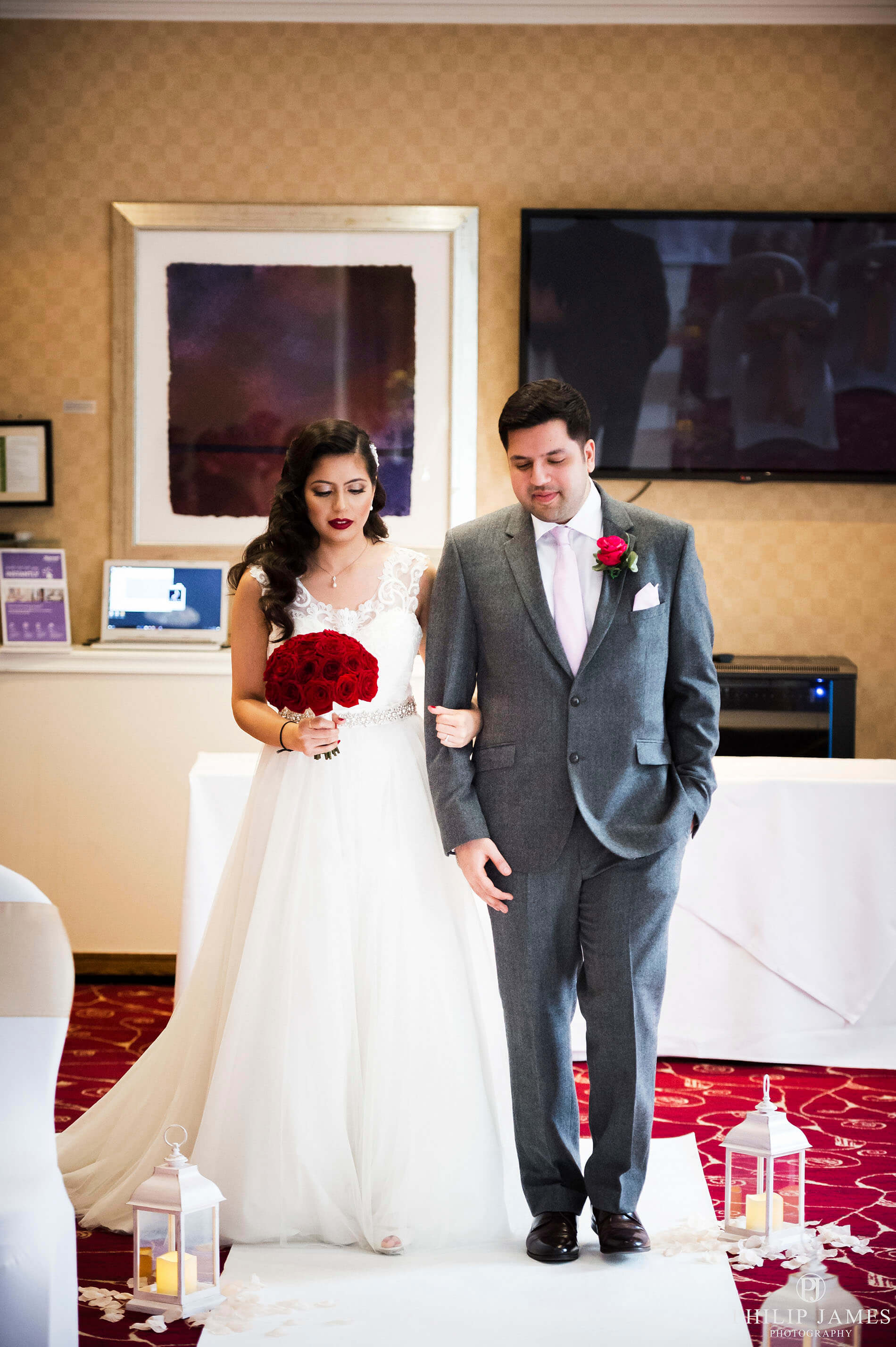 The Marriott Hotel Birmingham - Wedding Photography Birmingham, Solihull, The West Midlands, Warickshire & Overseas. Professional Birmingham Wedding Photographer - Farina & Manbinder