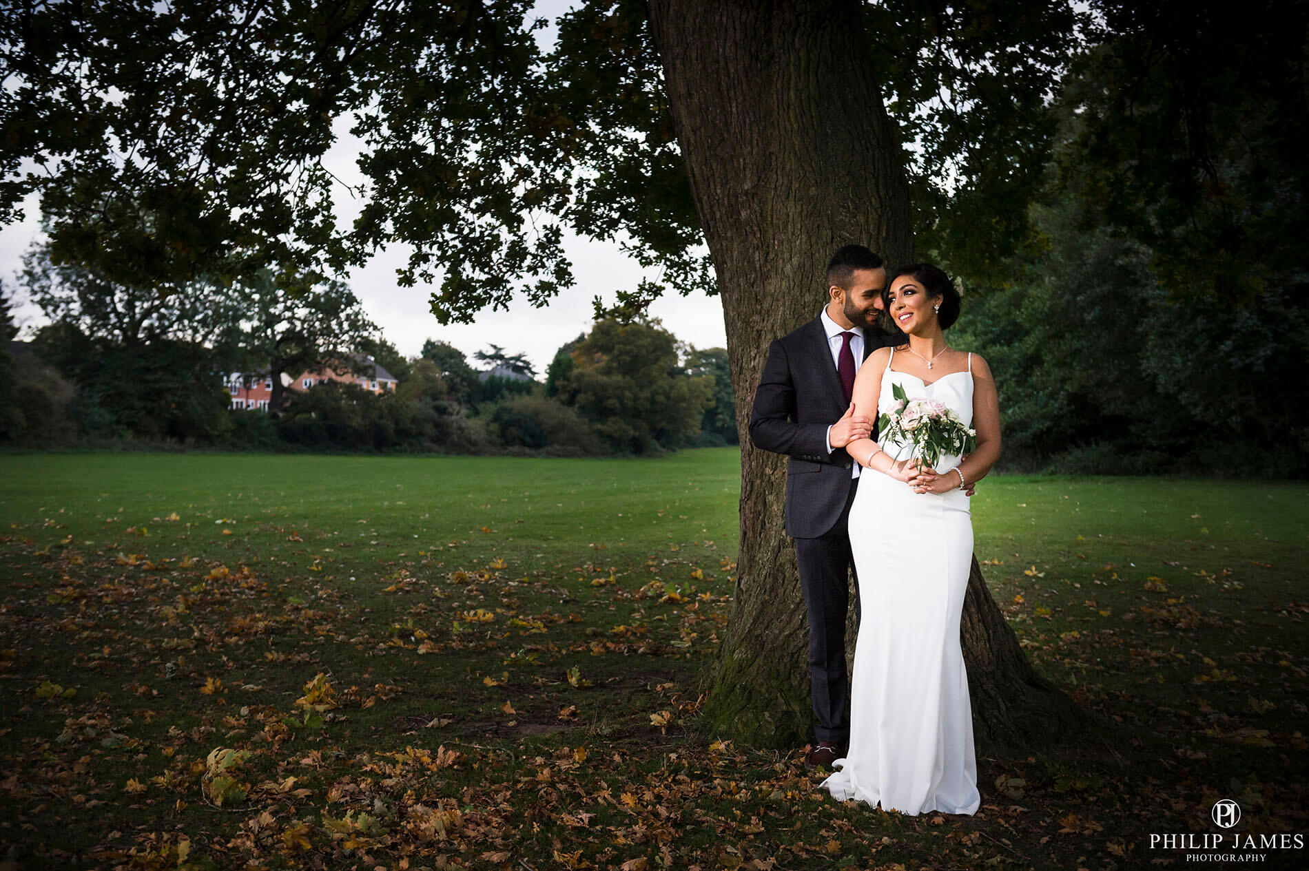 wedding photographer in sutton park | Philip James Photography